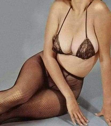 Jolie brune
